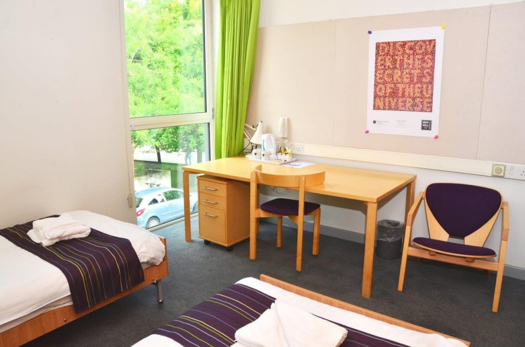 Cambridge College Accommodation Twin Bedroom En suite